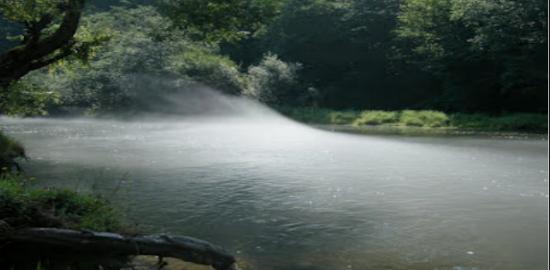 Deja inghitita de lac